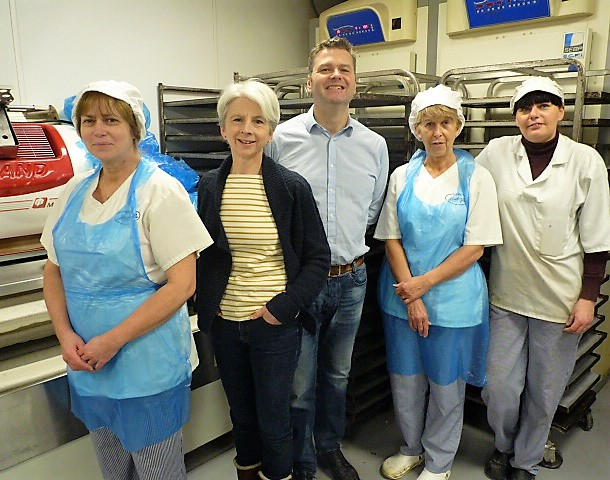 Jackie and Duncan with the Hindley's team